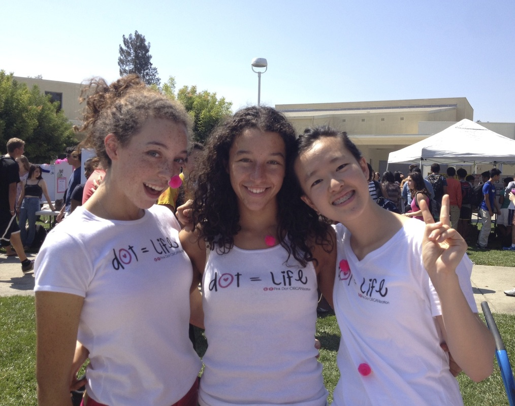 Los Altos High School Pink Dot Club hosts tablings on campus.